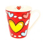 Kaffeetasse in rot mit Herzen
